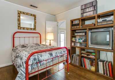 Sold Property | 7119 Casa Loma Avenue Dallas, Texas 75214 11