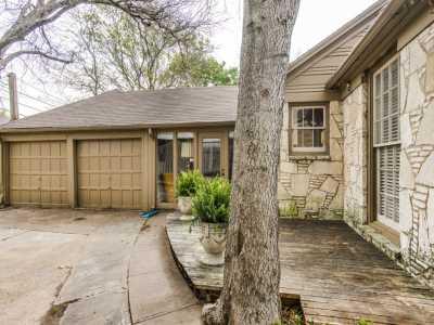 Sold Property | 7119 Casa Loma Avenue Dallas, Texas 75214 18