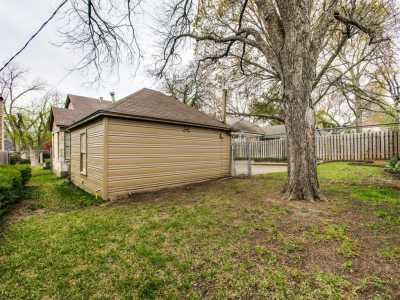 Sold Property | 7119 Casa Loma Avenue Dallas, Texas 75214 19