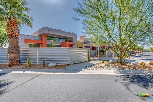 Closed | 3696 SUNBURST Palm Springs, CA 92262 0