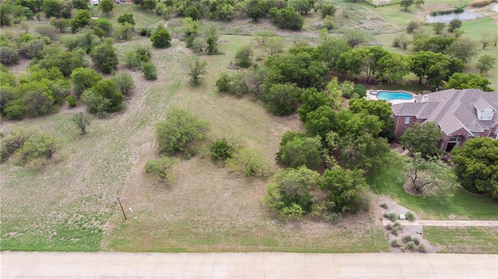 Sold Property | 1020 Mallard Pointe Drive Grand Prairie, Texas 75104 3