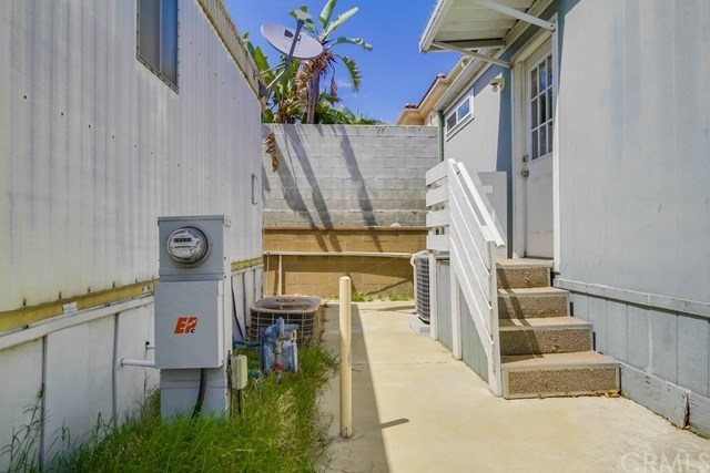 Closed | 23701 S Western Ave.  #213 Torrance, CA 90501 11