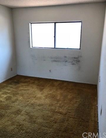Closed | 9843 Fremont Avenue Montclair, CA 91763 32