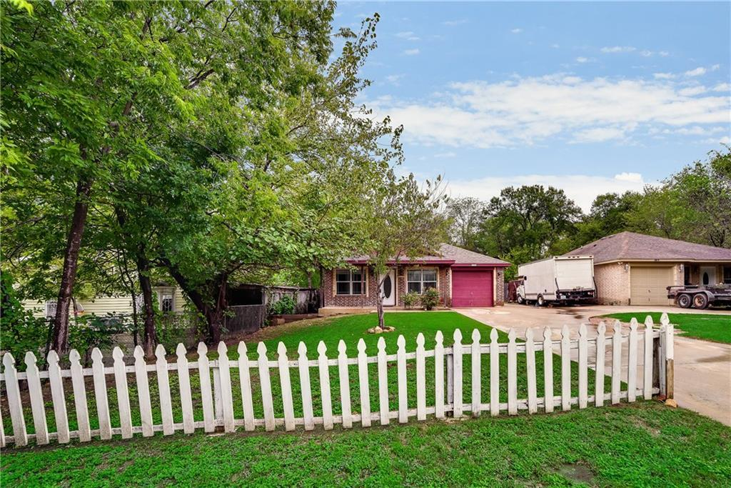 Sold Property   2620 Market Avenue Fort Worth, Texas 76164 3