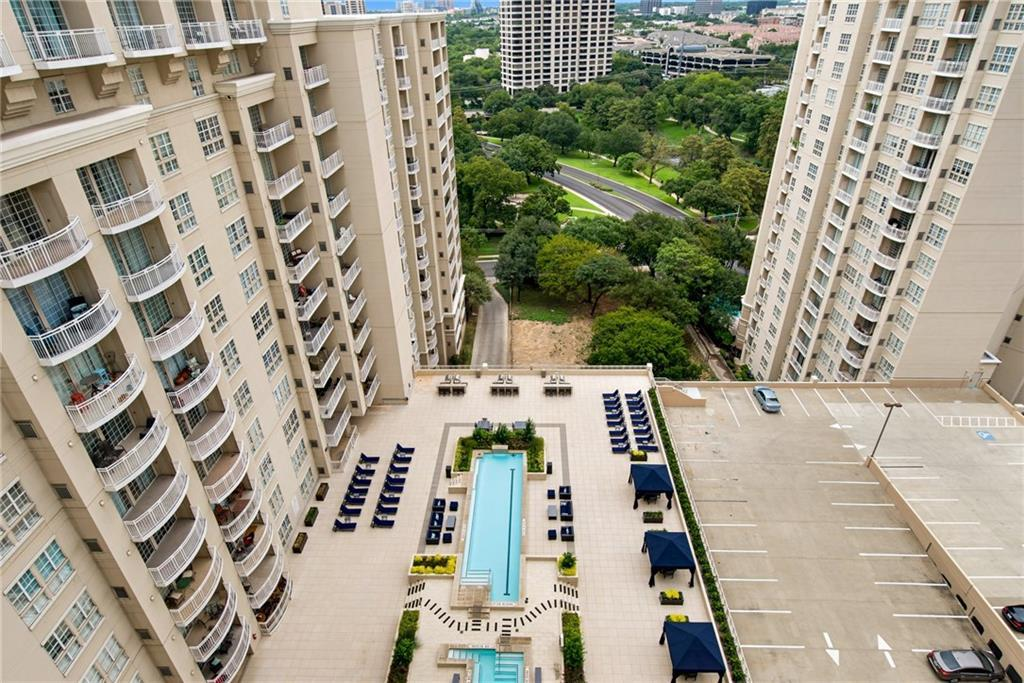 Sold Property | 3225 Turtle Creek Boulevard #1621 Dallas, Texas 75219 4