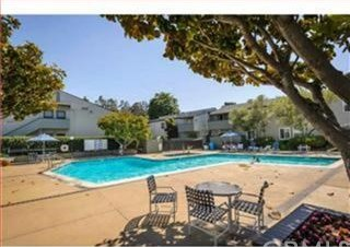 Pending | 419 PICCADILLY Place #6 San Bruno, CA 94066 2