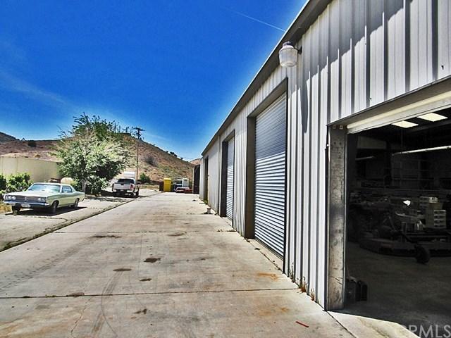 Off Market | 48745 3 Points Road Lake Hughes, CA 93532 25