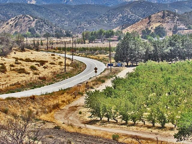 Off Market | 48745 3 Points Road Lake Hughes, CA 93532 39