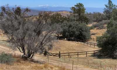 Active   25330 Bluebird Trail Coarsegold, CA 93614 37