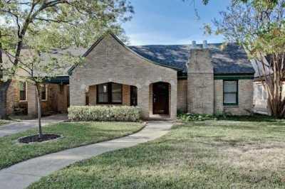 Sold Property | 427 Monte Vista Drive Dallas, Texas 75223 1