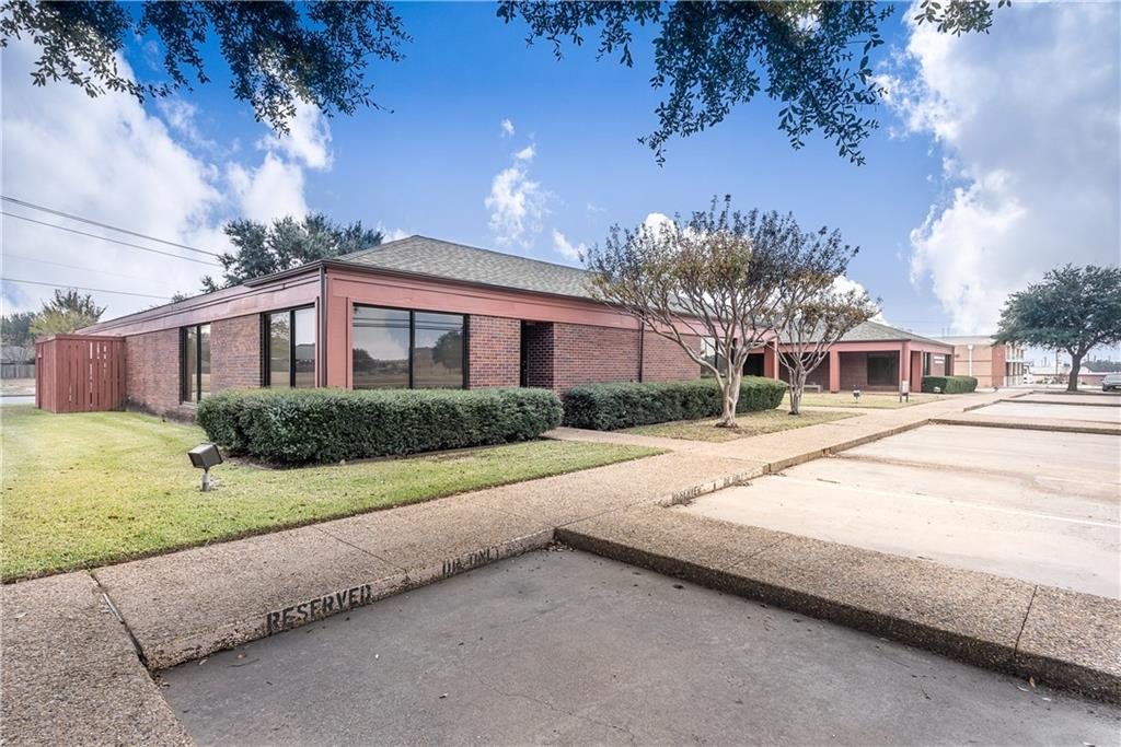 Leased | 1010 N Belt Line Road #101 Mesquite, TX 75149 2