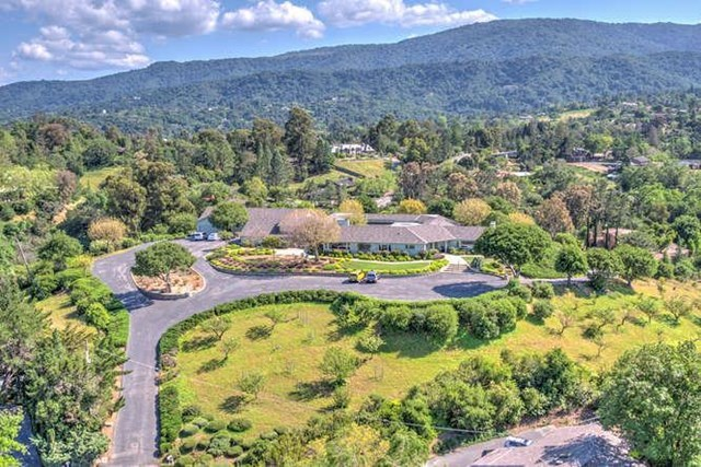 Off Market | 26000 Westwind Way Los Altos Hills, CA 94022 4