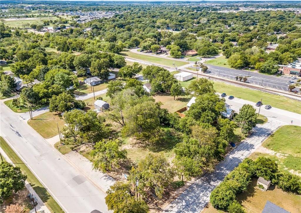 Active | 200 S Dobson Street Burleson, Texas 76028 13