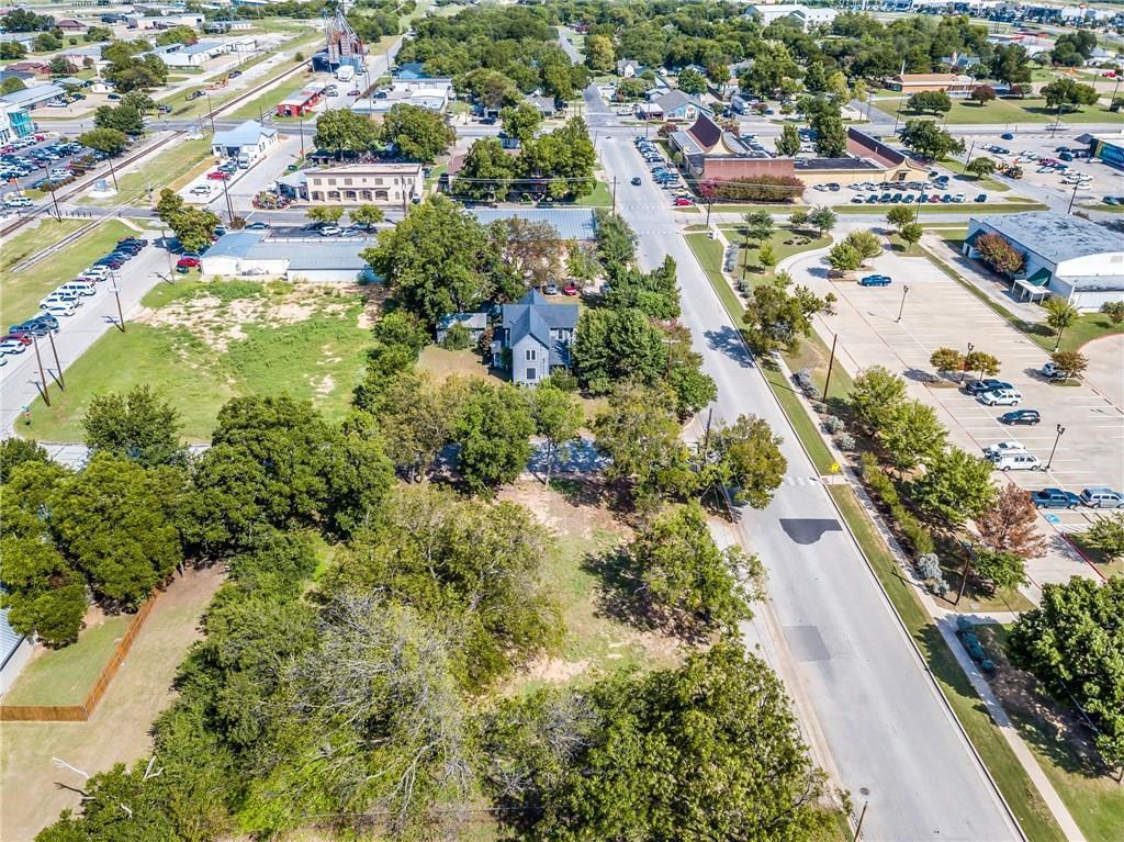 Active | 200 S Dobson Street Burleson, Texas 76028 4