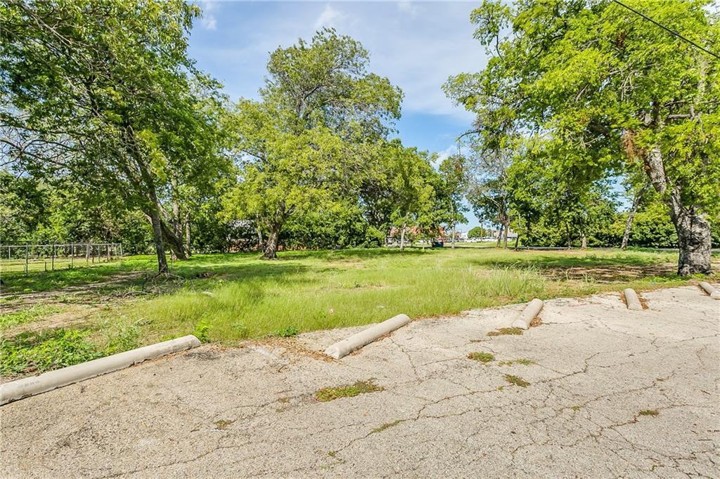 Active | 200 S Dobson Street Burleson, Texas 76028 6