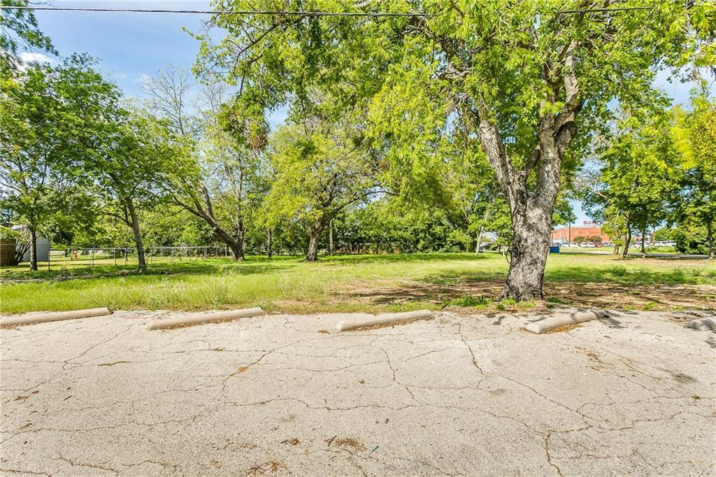 Active | 200 S Dobson Street Burleson, Texas 76028 7
