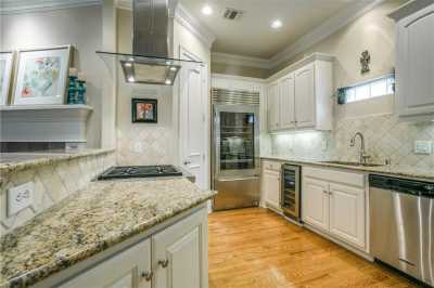 Sold Property   3943 Travis Street Dallas, Texas 75204 8
