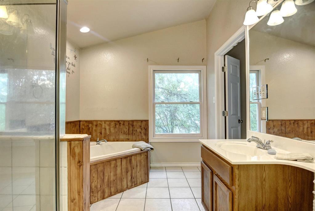 Home for Sale in Bastrop, Bastrop home for sale, Bastrop for sale, Bastrop Real Estate | 372 Lamaloa Lane Bastrop, Texas 78602 20