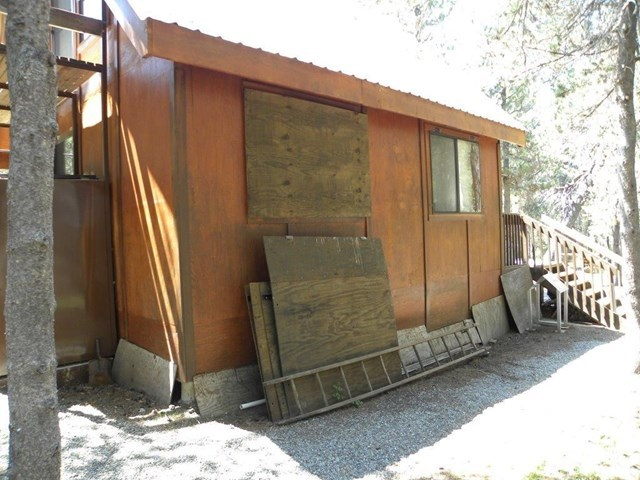 Closed | 20 Beasore Road Bass Lake, CA 93604 9