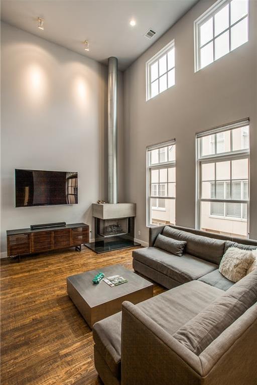 Sold Property   3251 Cambrick Street #14 Dallas, Texas 75204 4