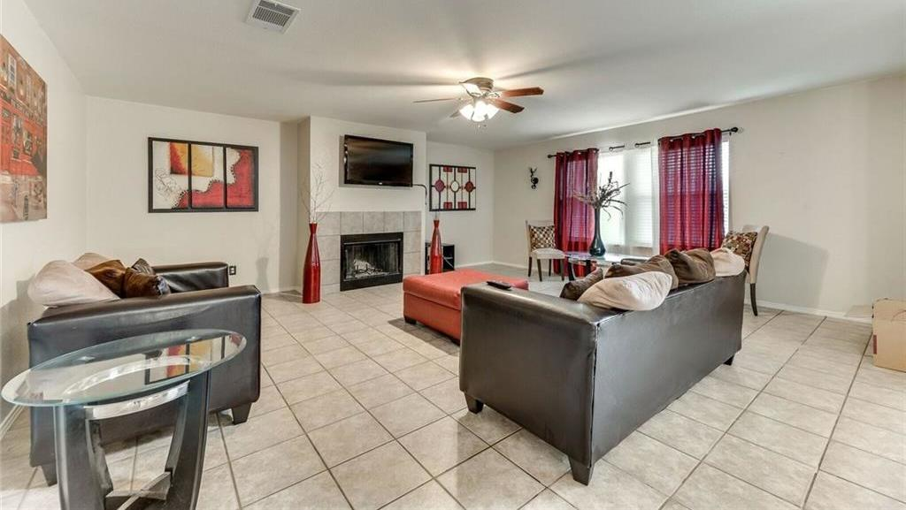 Sold Property | 421 Charming Avenue Cedar Hill, Texas 75104 8