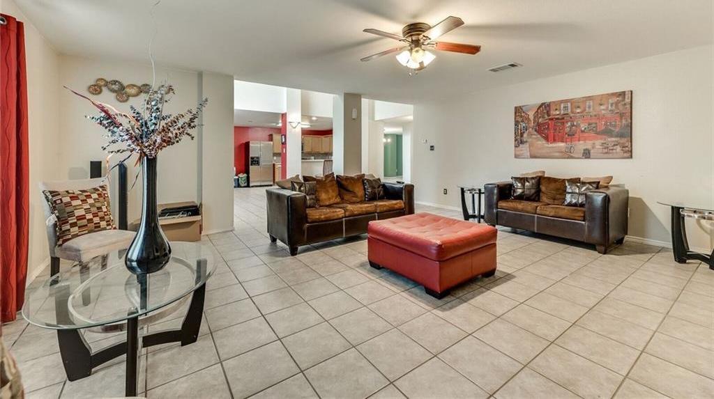 Sold Property | 421 Charming Avenue Cedar Hill, Texas 75104 9