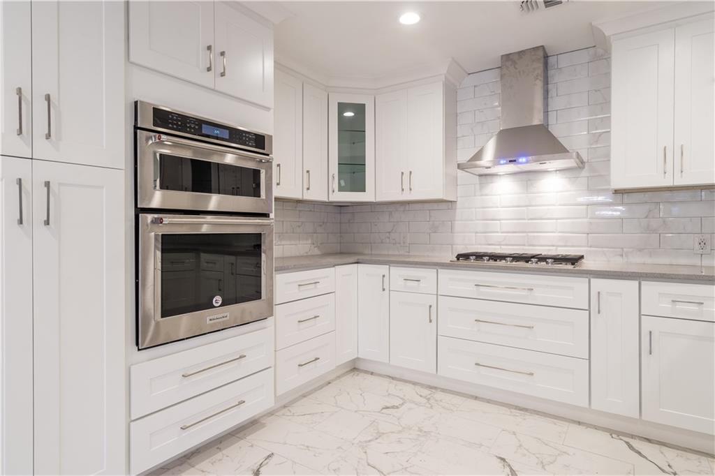 Sold Property | 10008 Dahman Circle Dallas, Texas 75238 13