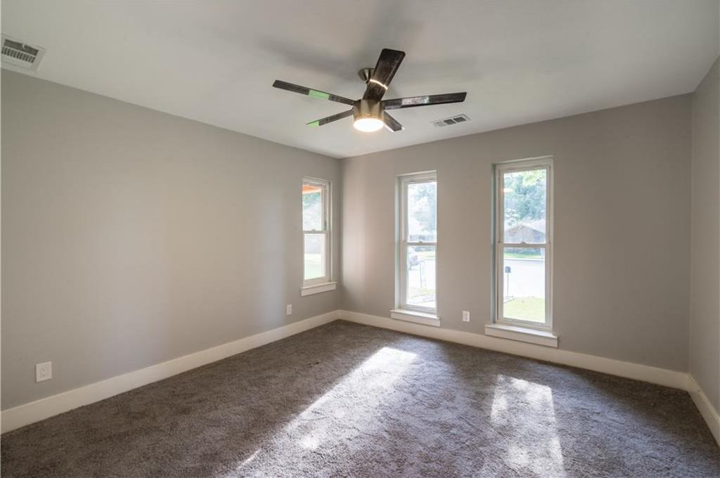 Sold Property | 10008 Dahman Circle Dallas, Texas 75238 15