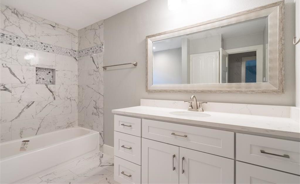 Sold Property | 10008 Dahman Circle Dallas, Texas 75238 18