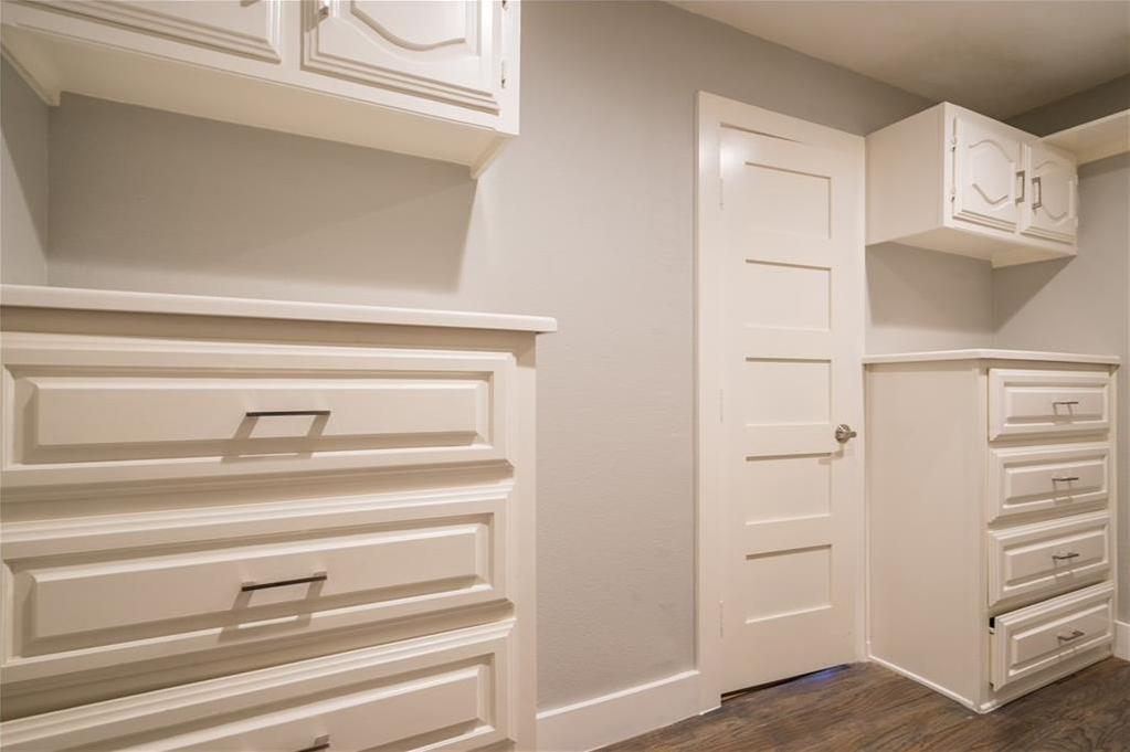 Sold Property | 10008 Dahman Circle Dallas, Texas 75238 25
