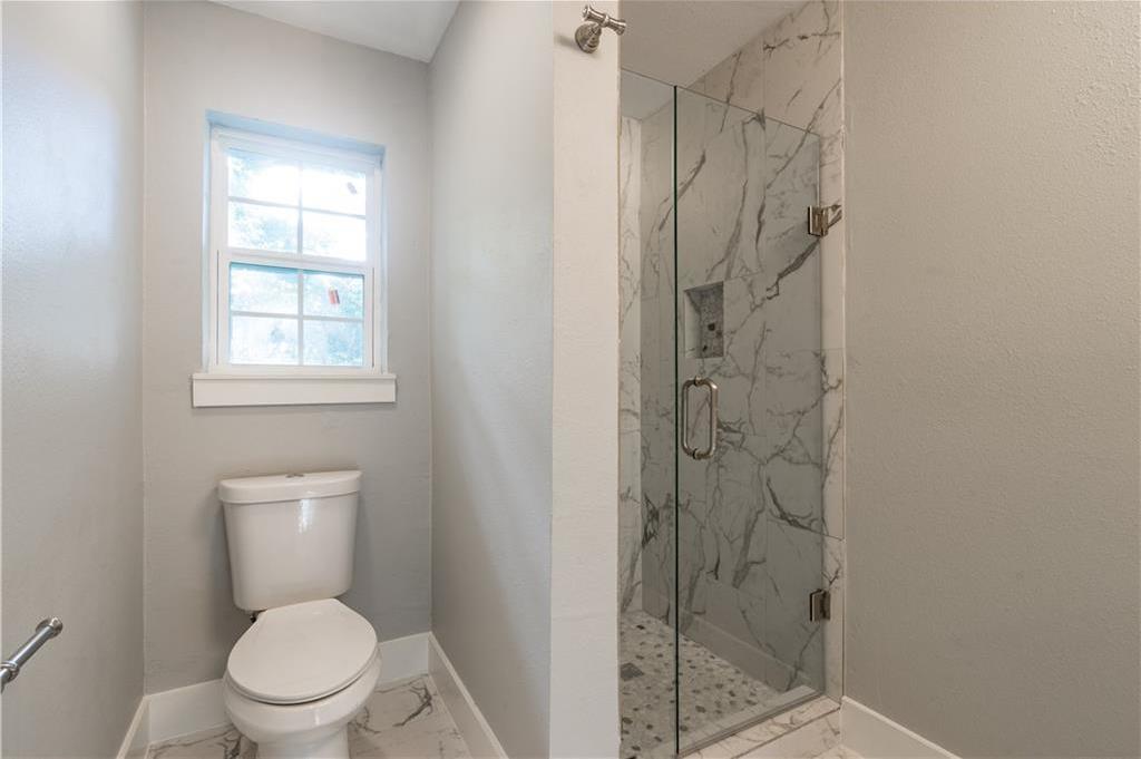 Sold Property | 10008 Dahman Circle Dallas, Texas 75238 26