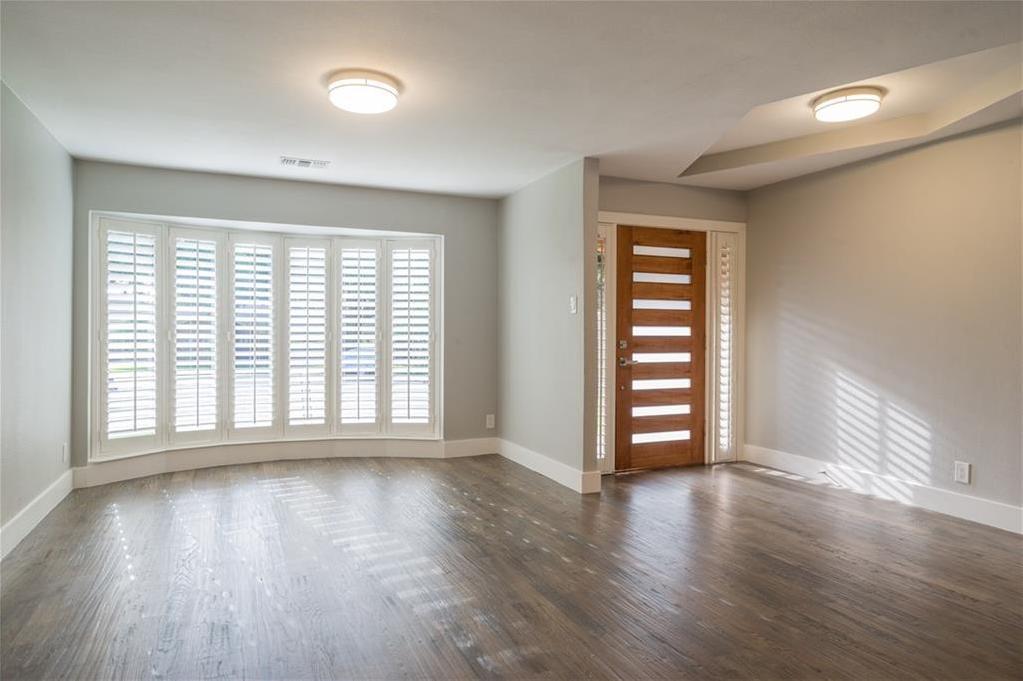 Sold Property | 10008 Dahman Circle Dallas, Texas 75238 5