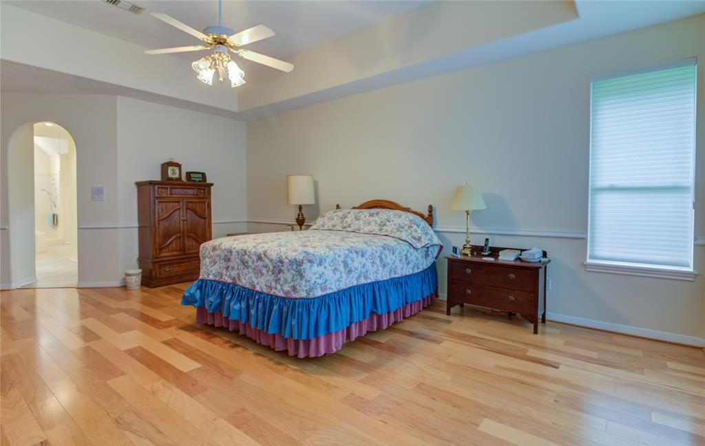Off Market | 221 N Woodside Lane Montgomery, TX 77356 10