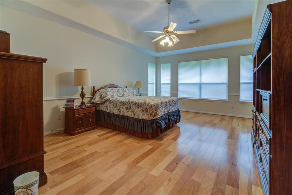 Off Market | 221 N Woodside Lane Montgomery, TX 77356 9