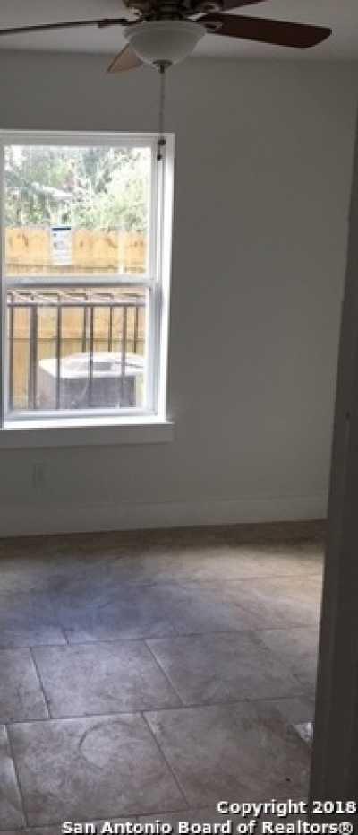 Property for Rent | 302 COOPER ST  San Antonio, TX 78210 4