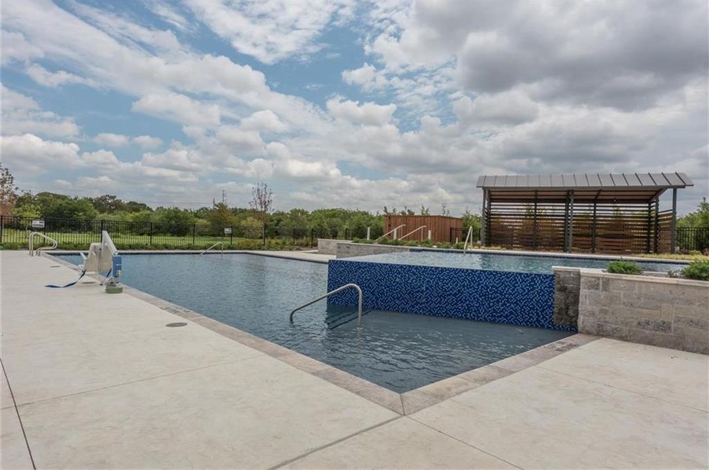 Active | 3960 Idlebrook  Frisco, Texas 75034 29