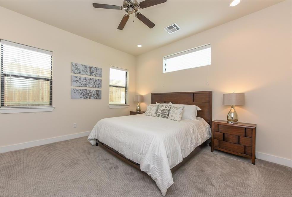 Off Market | 8524 David  Houston, Texas 77054 7