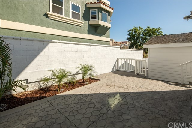 Closed | 514 Agate Street Redondo Beach, CA 90277 31