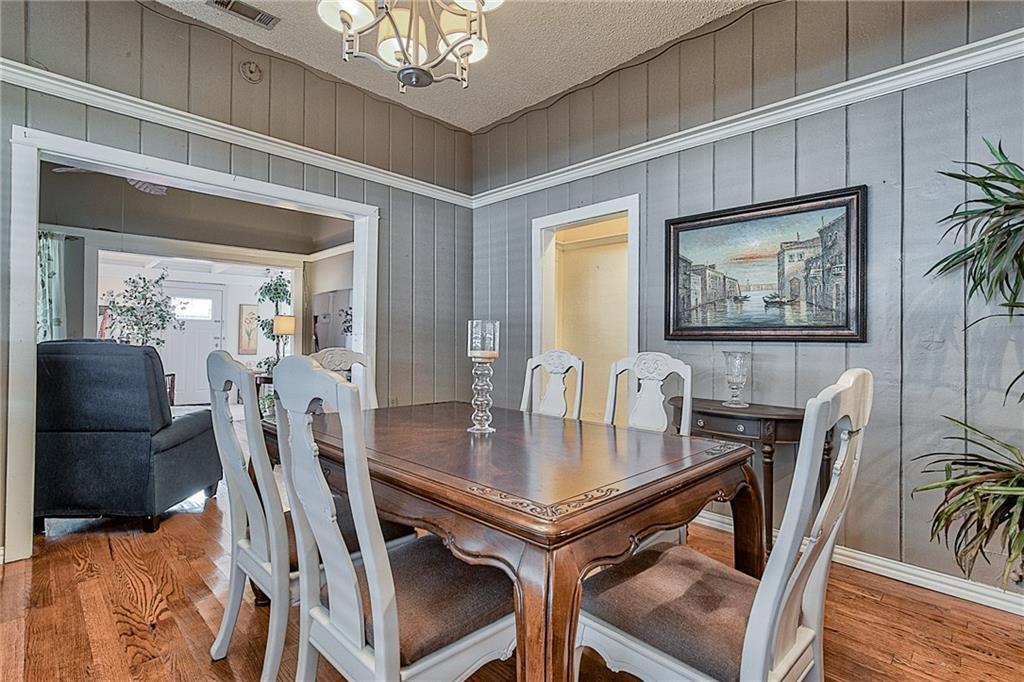 Sold Property | 809 S Montreal Avenue Dallas, Texas 75208 12