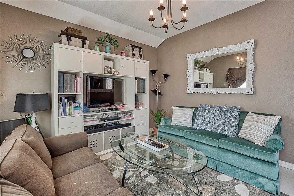 Sold Property | 809 S Montreal Avenue Dallas, Texas 75208 26