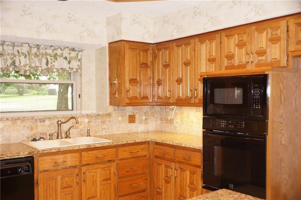 Sold Property | 406 Lantern Ridge Court Mansfield, Texas 76063 10