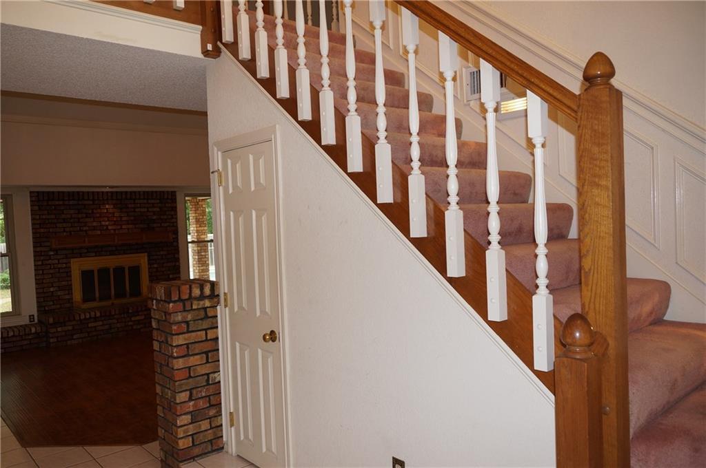 Sold Property | 406 Lantern Ridge Court Mansfield, Texas 76063 2