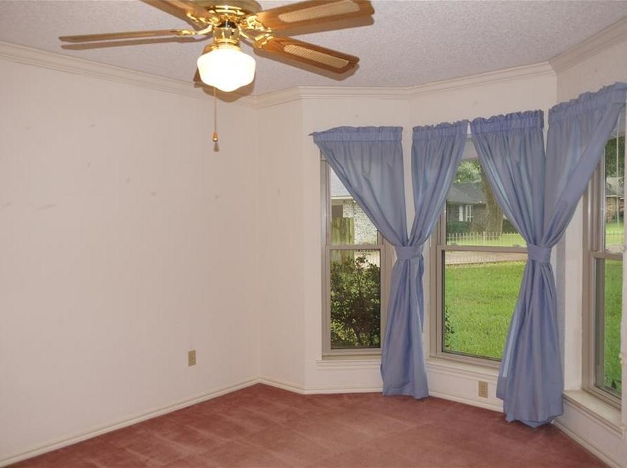 Sold Property | 406 Lantern Ridge Court Mansfield, Texas 76063 6