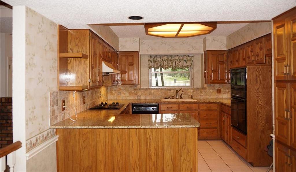 Sold Property | 406 Lantern Ridge Court Mansfield, Texas 76063 8