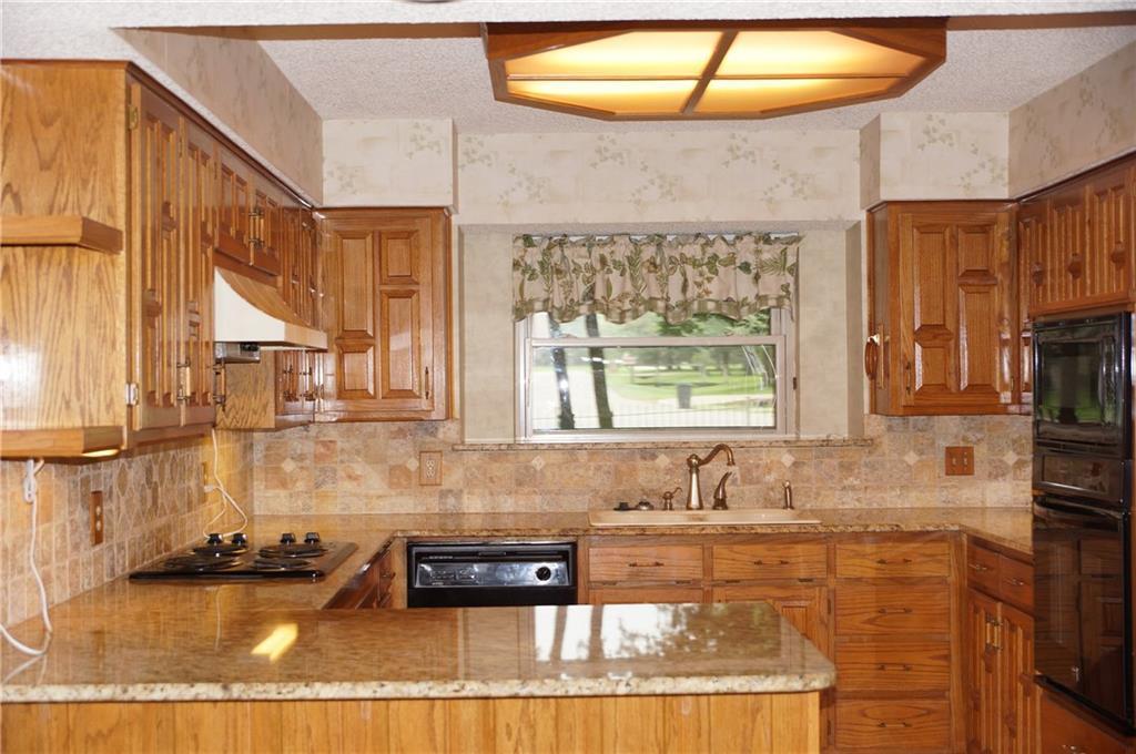 Sold Property | 406 Lantern Ridge Court Mansfield, Texas 76063 9