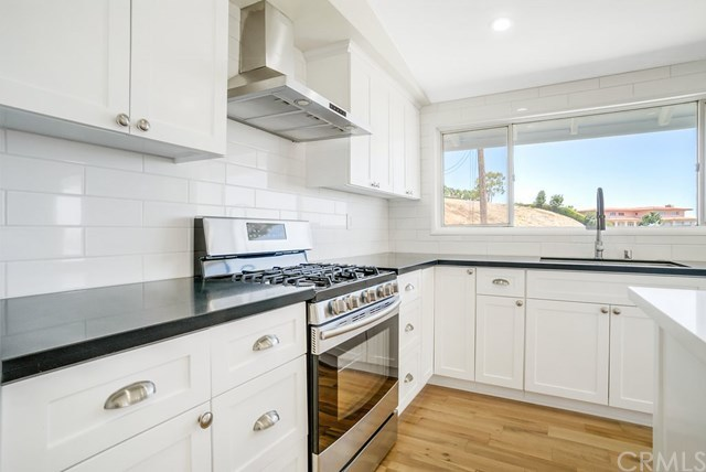 Closed | 26157 Barkstone Drive Rancho Palos Verdes, CA 90275 22