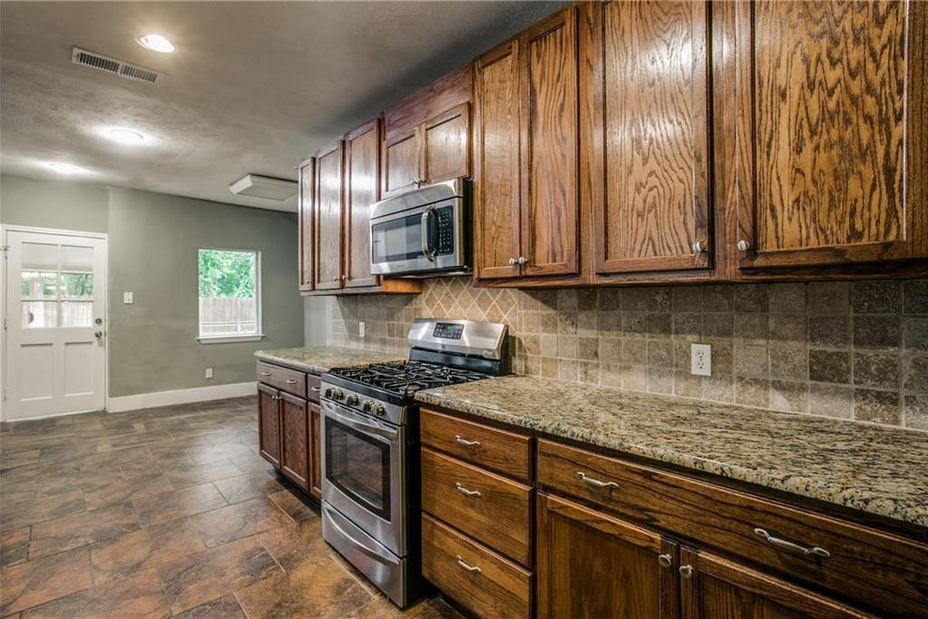 Sold Property | 1311 Kings Highway Dallas, Texas 75208 11