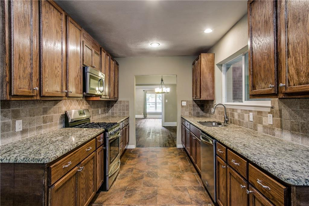 Sold Property | 1311 Kings Highway Dallas, Texas 75208 12