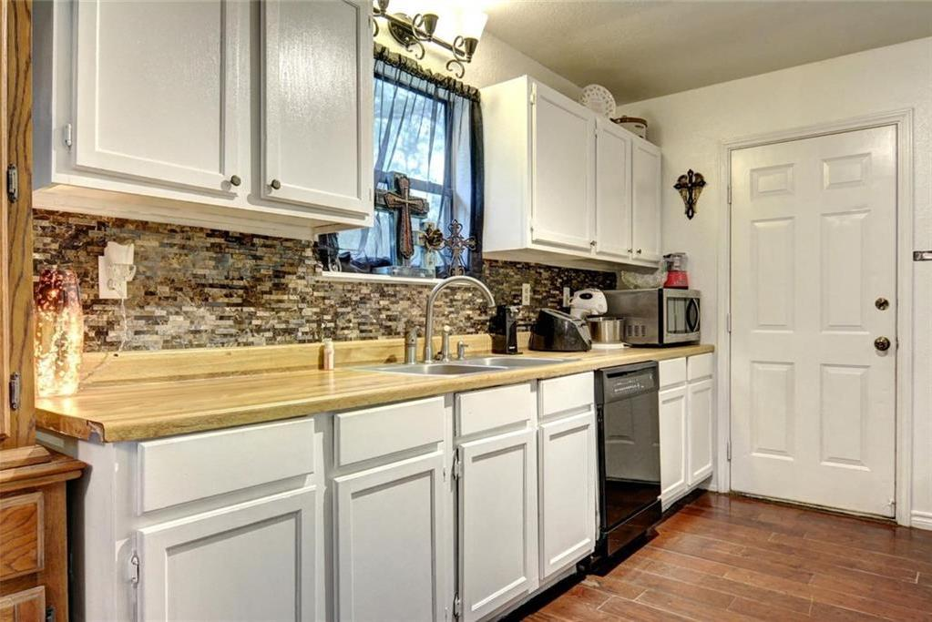 Sold Property | 236 E Keanahalululu Lane Bastrop, TX 78602 12