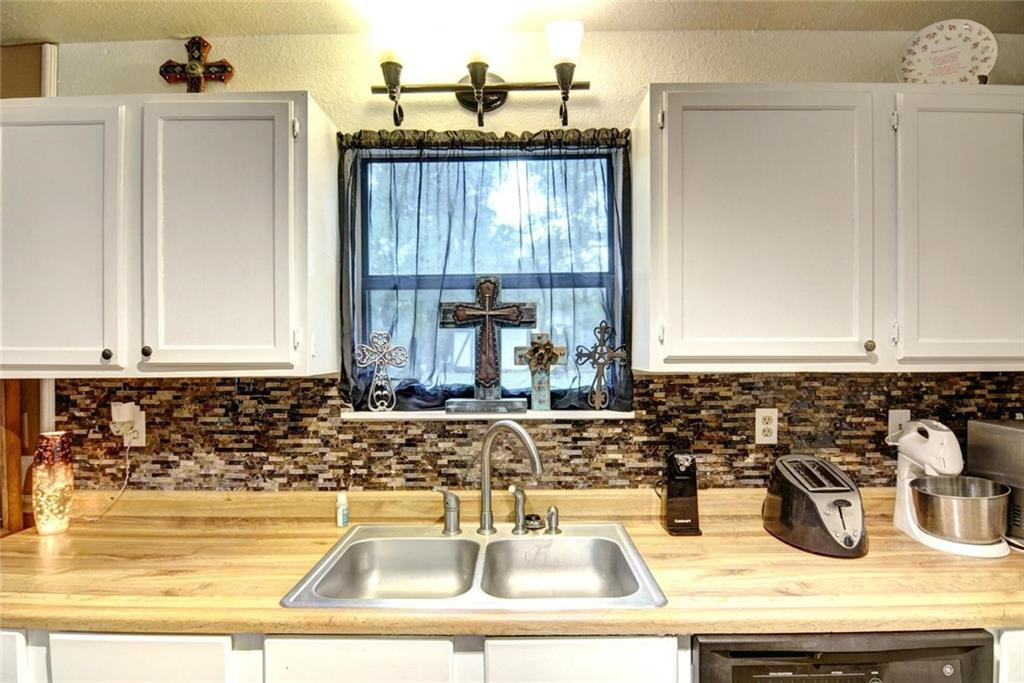 Sold Property | 236 E Keanahalululu Lane Bastrop, TX 78602 14